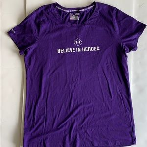 EUC Under Armour WWP Women's Fitted XL T-shirt
